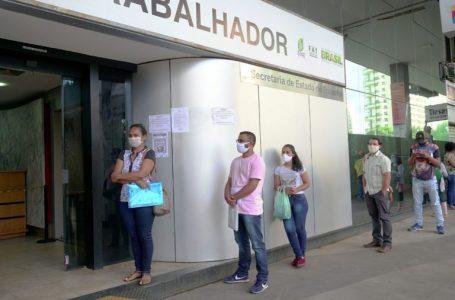 AGÊNCIAS DO TRABALHADOR | Setor de serviços volta a ter alta de empregos; Confira as vagas