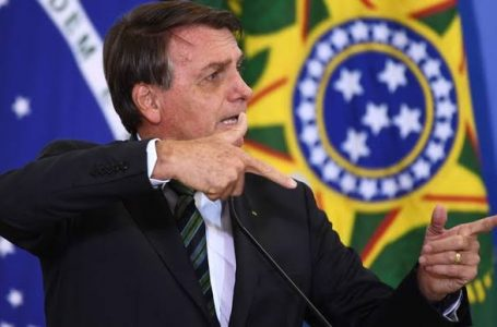 O POVO QUER SABER   Quem enquadrou Jair Messias Bolsonaro?