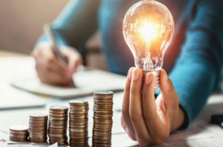QUER DAR O EXEMPLO   Caiado assina decreto determinando medidas de redução de consumo de energia nos órgãos públicos estaduais de Goiás