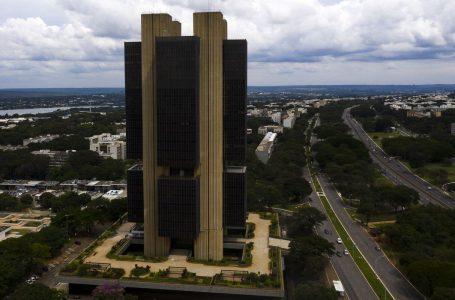 SUBIU NOVAMENTE   Mercado financeiro eleva projeção da inflação para 8,45%