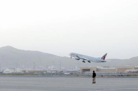 DESDE O FECHAMENTO DO PAÍS   Catar recebe o primeiro voo com civis do Afeganistão