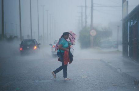 O TEMPO FECHOU | DF tem chuvas acompanhadas de forte ventania