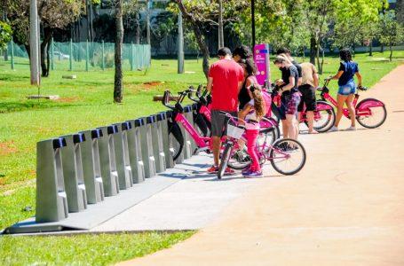 MUITOS ADEPTOS | Bicicletas compartilhadas têm boa aceitação do público nos primeiros dias